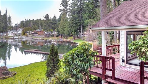 Photo of 30518 SE Lake Retreat South Drive, Ravensdale, WA 98051 (MLS # 1720228)