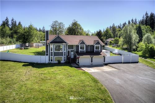 Photo of 15848 Lawrence Lake Road SE, Yelm, WA 98597 (MLS # 1774228)