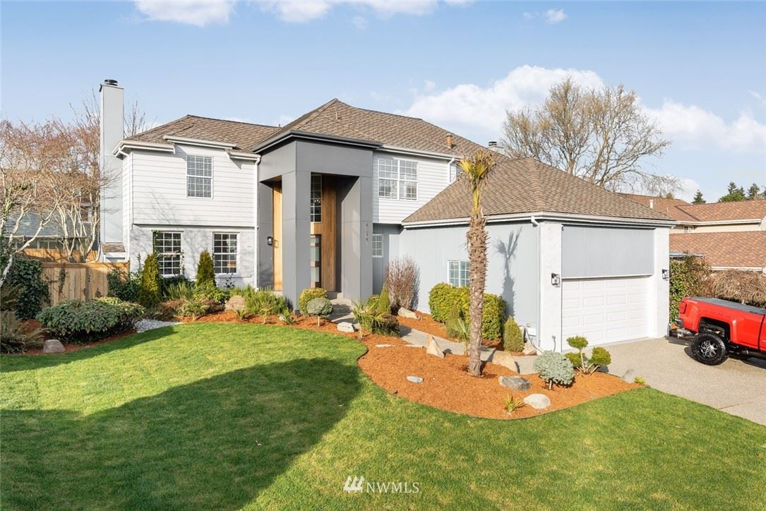 Photo of 4614 SW 327th Place, Federal Way, WA 98023 (MLS # 1737228)