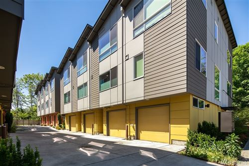 Photo of 2703 S Charlestown St, Seattle, WA 98108 (MLS # 1603231)