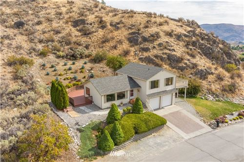 Photo of 129 Long Drive, Chelan, WA 98816 (MLS # 1667238)