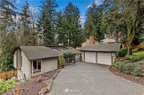 Photo of 15302 SE 46th Way, Bellevue, WA 98006 (MLS # 1735240)