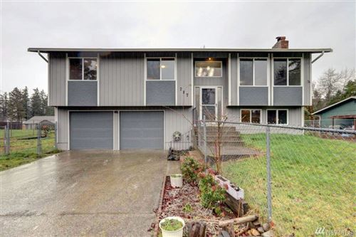 Photo of 717 140th St E, Tacoma, WA 98445 (MLS # 1556242)