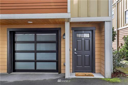 Photo of 12031 35th Avenue NE #B, Seattle, WA 98125 (MLS # 1733242)