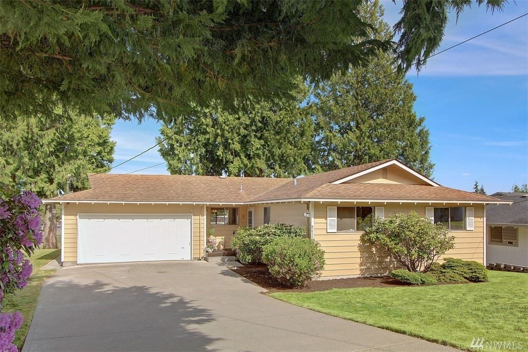 8615 4th Place SE, Everett, WA 98208 - #: 1611244