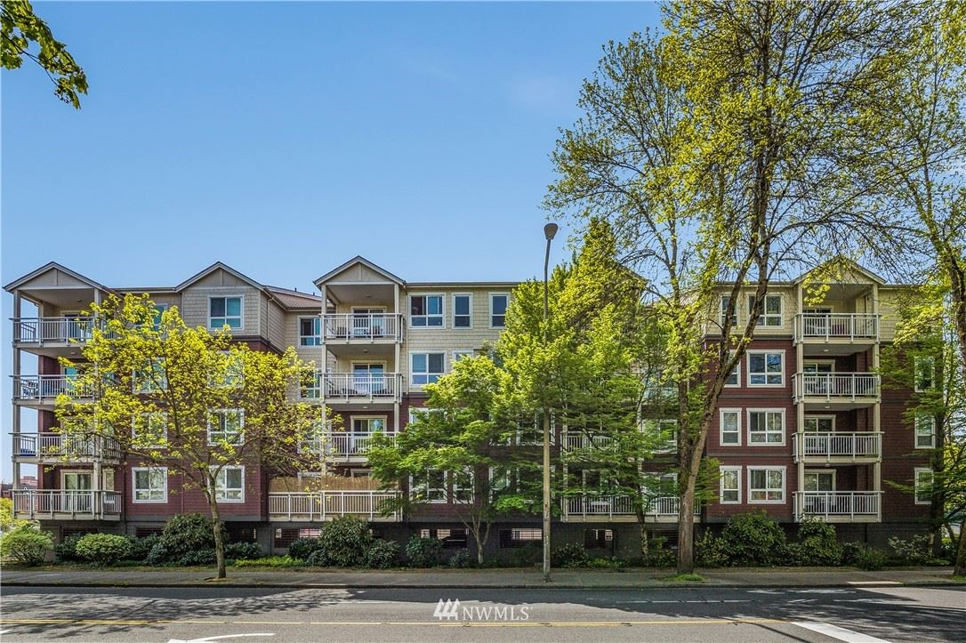 Photo of 2805 NE 125th Street #307, Seattle, WA 98125 (MLS # 1757245)