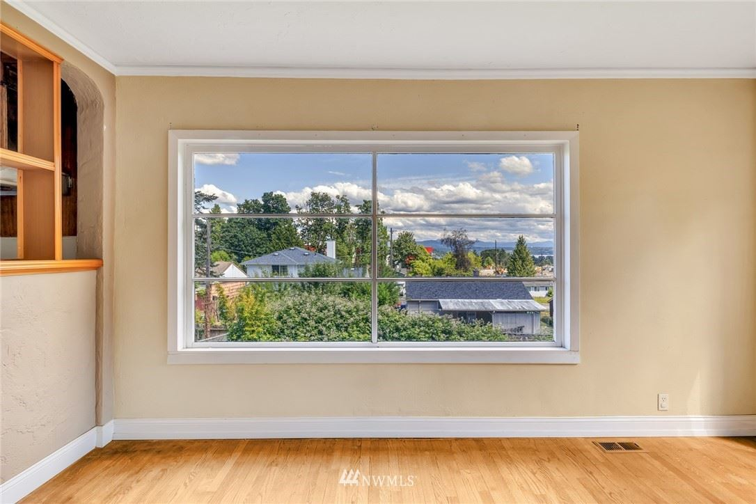 Photo of 8016 S Beacon Avenue, Seattle, WA 98118 (MLS # 1790246)