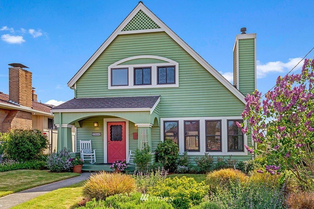 Photo of 7554 Earl Avenue NW, Seattle, WA 98117 (MLS # 1775247)