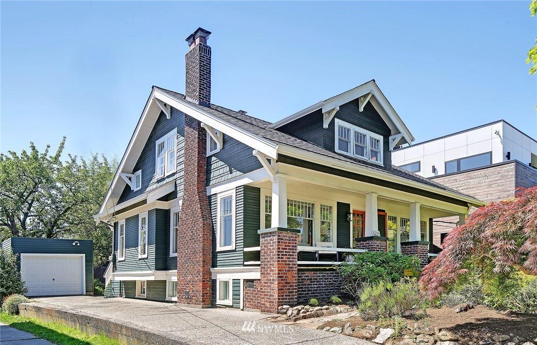 Photo of 6215 Greenwood Avenue N, Seattle, WA 98103 (MLS # 1786247)