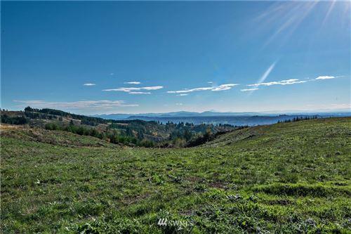 Photo of 240 Hood View Drive, Kalama, WA 98625 (MLS # 1857248)