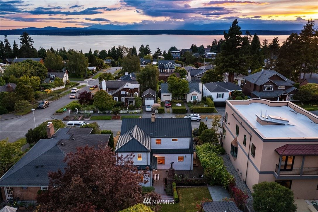 Photo of 3206 42nd Avenue W, Seattle, WA 98199 (MLS # 1788251)