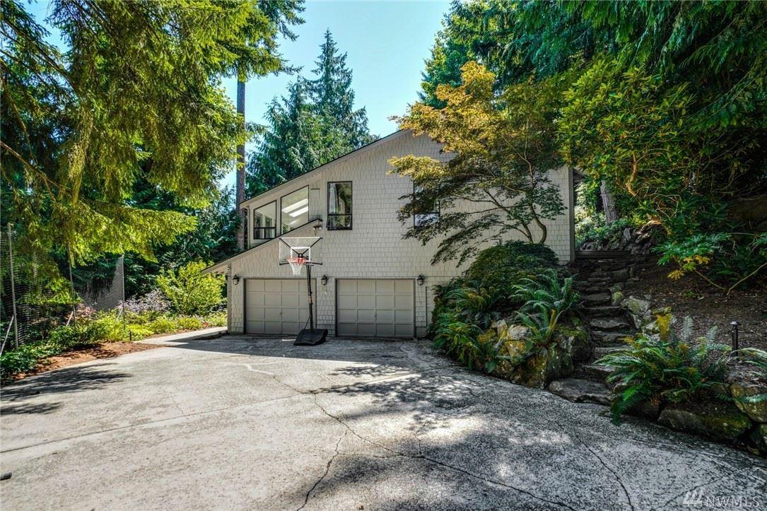 Photo of 15827 SE 50th Street, Bellevue, WA 98006 (MLS # 1639253)
