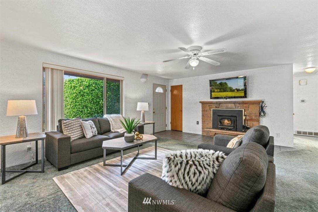 Photo of 12518 80th Avenue S, Seattle, WA 98178 (MLS # 1786254)