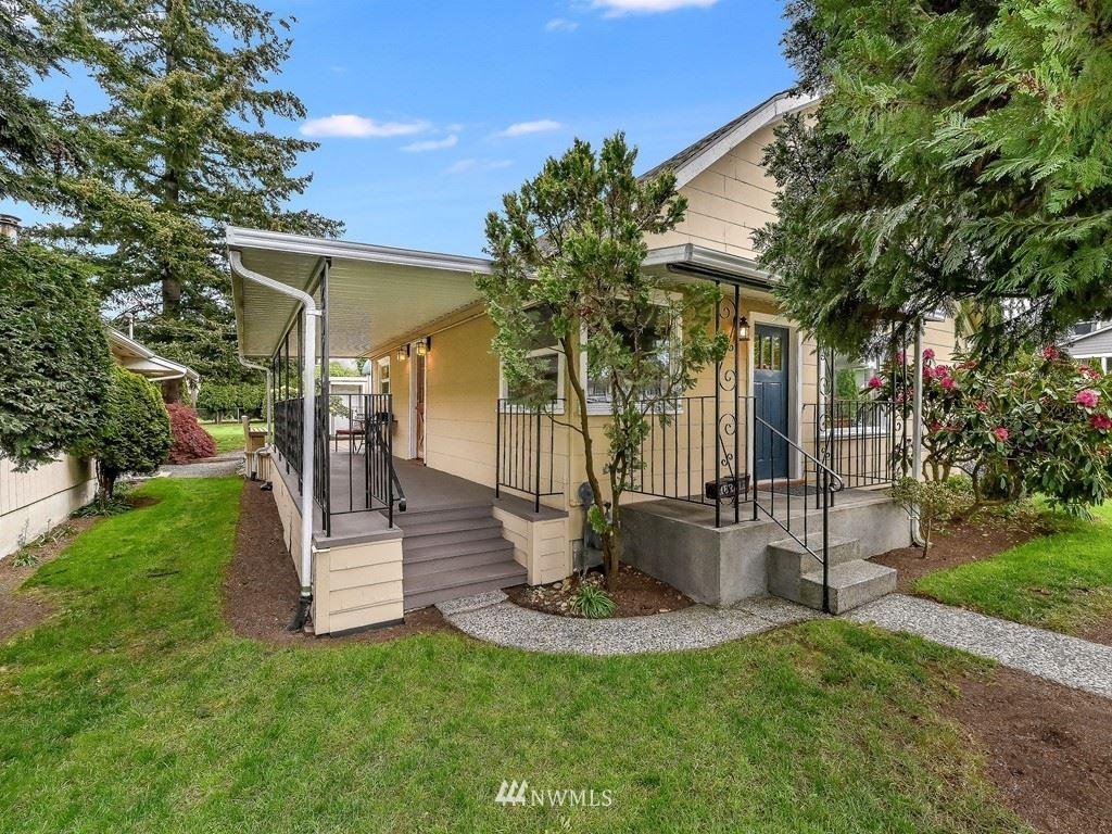 Photo of 1831 Summit Avenue, Everett, WA 98201 (MLS # 1770255)