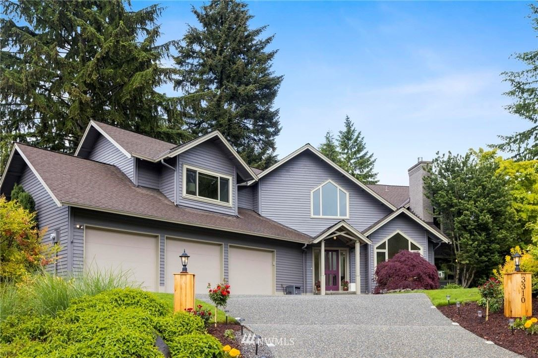 Photo of 3310 Timberview Court SW, Issaquah, WA 98027 (MLS # 1788255)