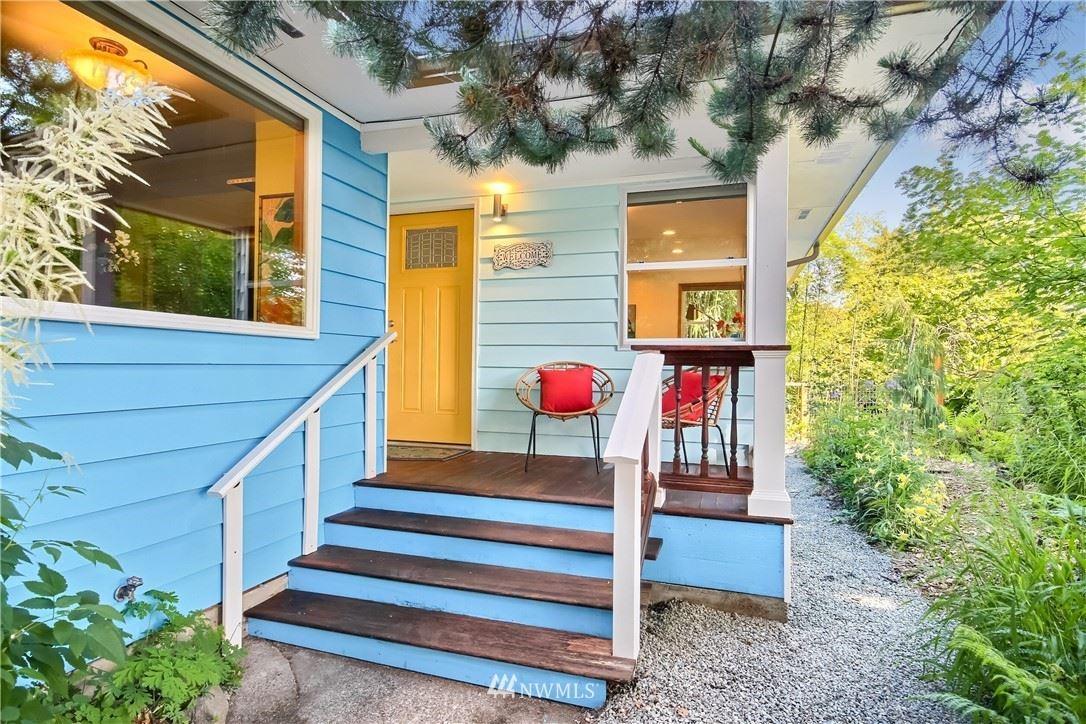 Photo of 5453 26th Avenue SW, Seattle, WA 98106 (MLS # 1790257)