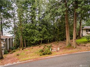 Photo of 8 North Point Dr, Bellingham, WA 98229 (MLS # 1425258)