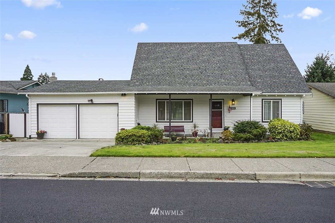 Photo of 26001 14th Place S, Des Moines, WA 98198 (MLS # 1686259)