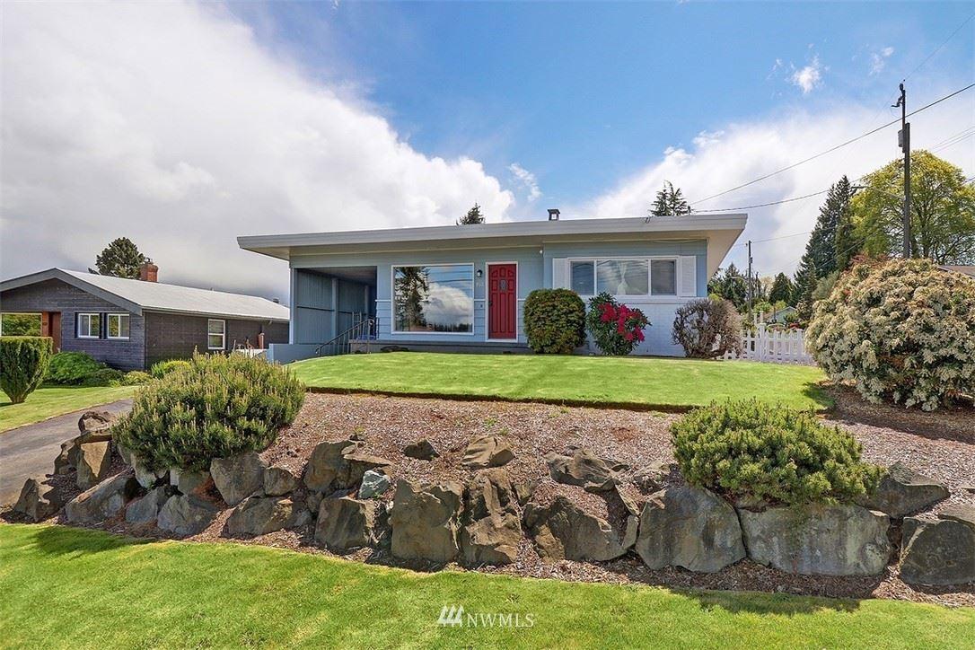 Photo of 933 NW 105th Street, Seattle, WA 98177 (MLS # 1771260)