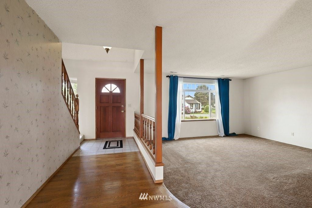 Photo of 405 Clay Street, Auburn, WA 98001 (MLS # 1782260)