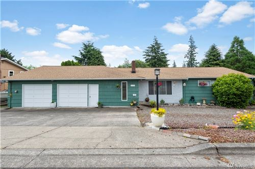 Photo of 172 Beacon Hill Dr, Longview, WA 98632 (MLS # 1624261)