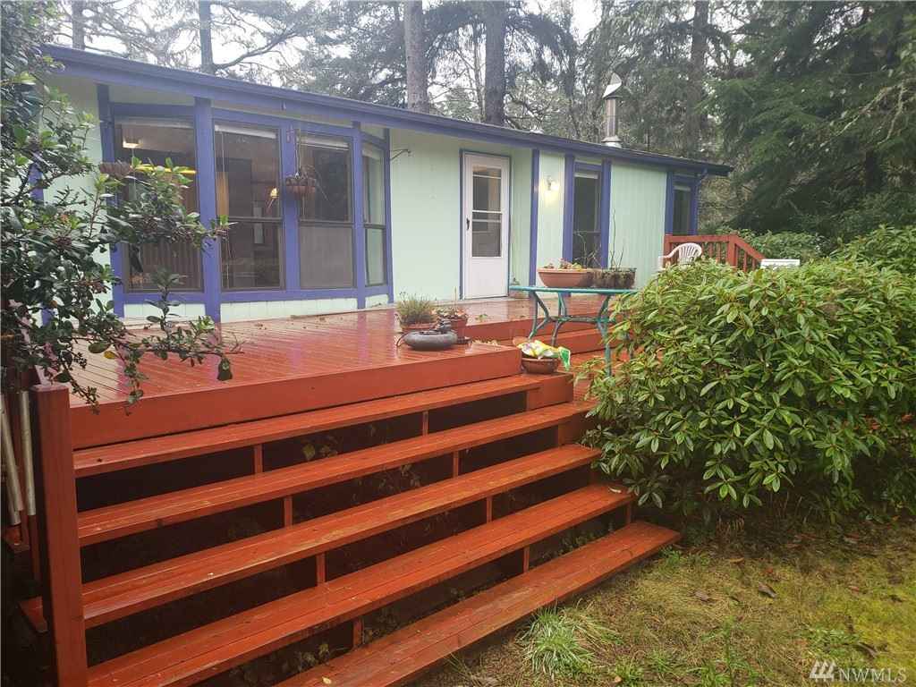 Photo of 1301 321st Place, Ocean Park, WA 98640 (MLS # 1536261)