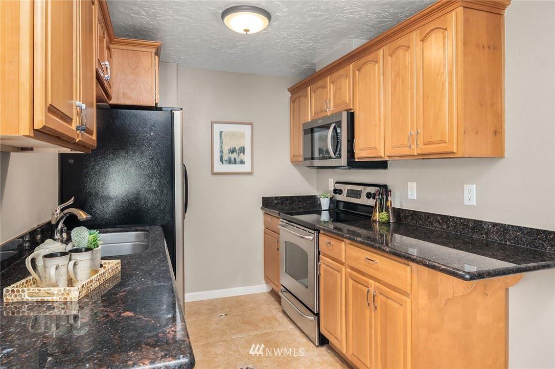 Photo of 101 SW 119th Street #308, Burien, WA 98146 (MLS # 1789261)
