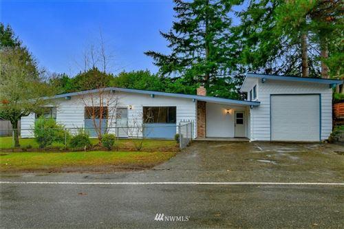 Photo of 2515 SW 104th Street, Seattle, WA 98146 (MLS # 1710262)
