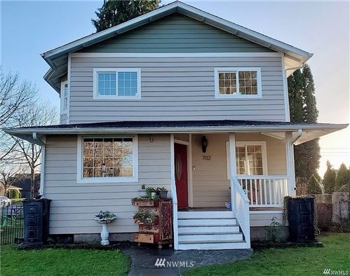 Photo of 702 5th Avenue NW, Puyallup, WA 98371 (MLS # 1691264)