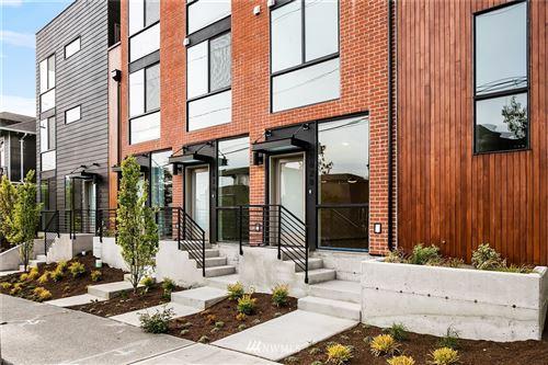 Photo of 1628 E Marion Street, Seattle, WA 98122 (MLS # 1817264)