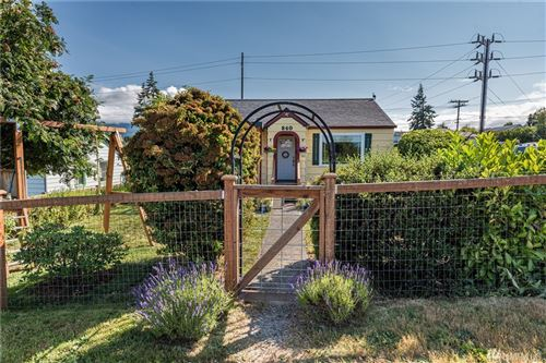 Photo of 840 W 5th St, Port Angeles, WA 98363 (MLS # 1627265)