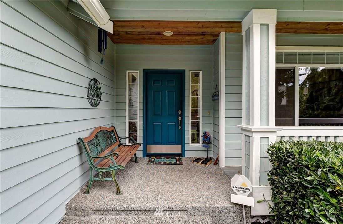Photo of 627 170th Street SW, Lynnwood, WA 98037 (MLS # 1787265)