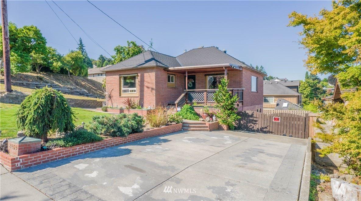 3320 Kromer Ave, Everett, WA 98201 - #: 1836266