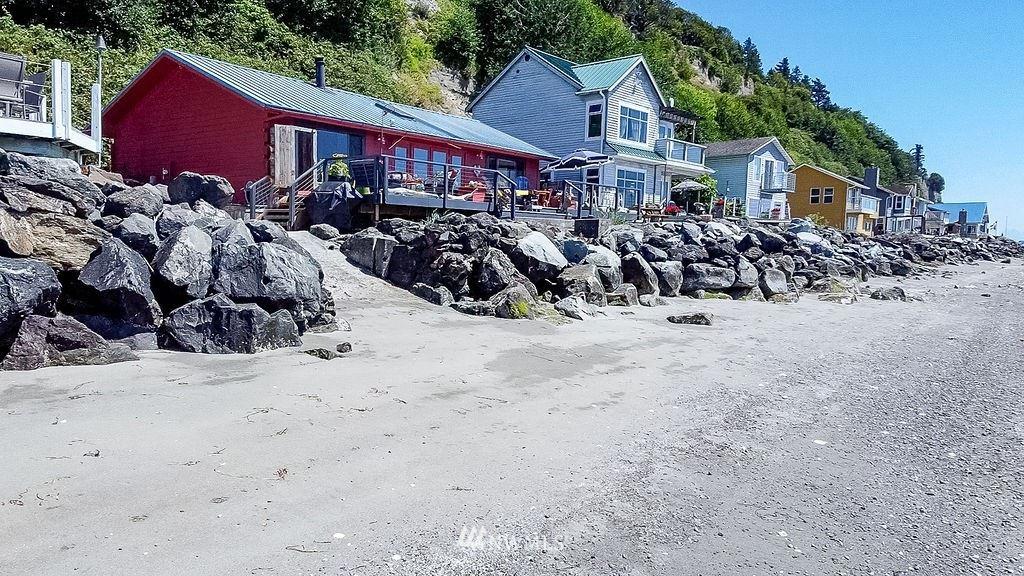 Photo of 31 S Beach Drive, Hat Island, WA 98206 (MLS # 1814272)