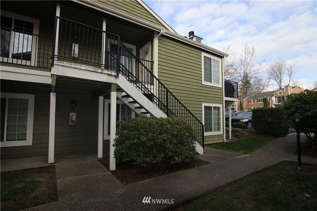 Photo of 2601 S 272nd Street #53, Kent, WA 98032 (MLS # 1750273)