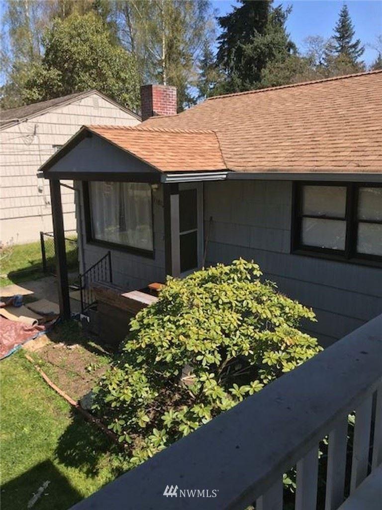 Photo of 11812 NE 32nd Avenue, Seattle, WA 98125 (MLS # 1685274)