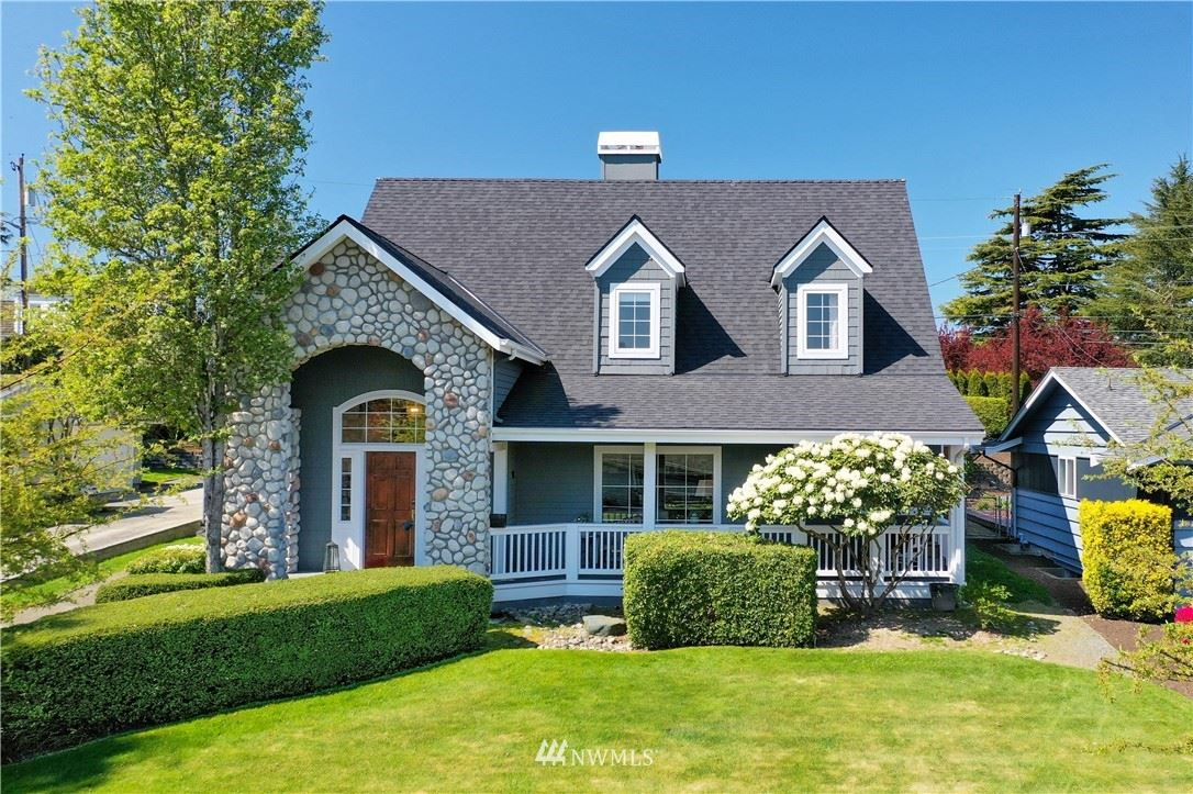Photo of 526 Colby Avenue, Everett, WA 98201 (MLS # 1749275)