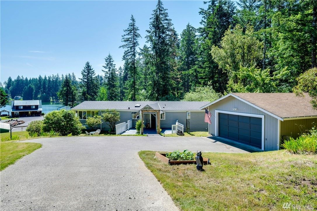 Photo for 15555 Sidney Rd SW, Port Orchard, WA 98367 (MLS # 1619277)