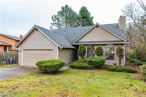 Photo of 1951 NE 11th Ave, Oak Harbor, WA 98277 (MLS # 1529280)