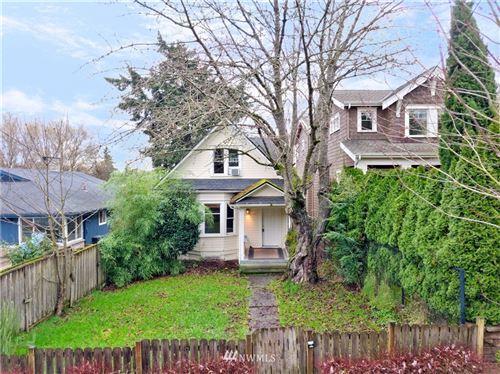 Photo of 1626 39th Avenue E, Seattle, WA 98112 (MLS # 1718280)