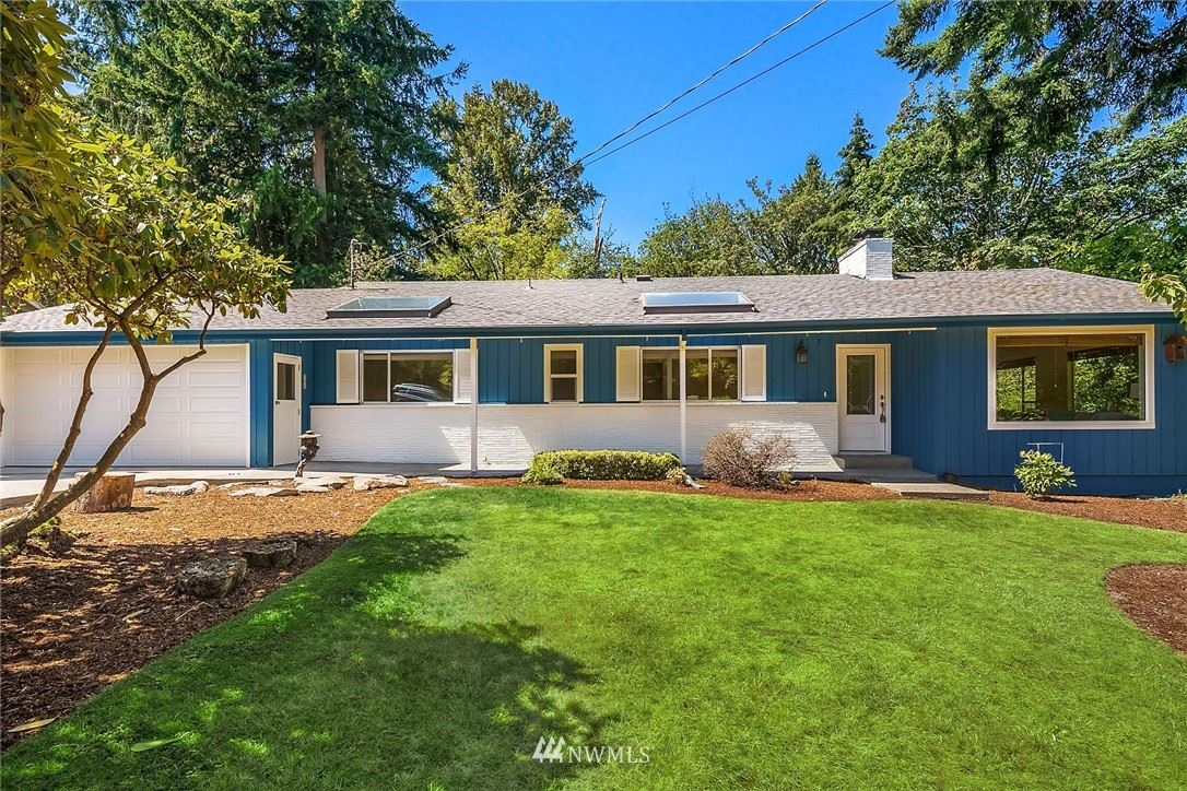 Photo of 3415 103rd Place NE, Bellevue, WA 98004 (MLS # 1660280)