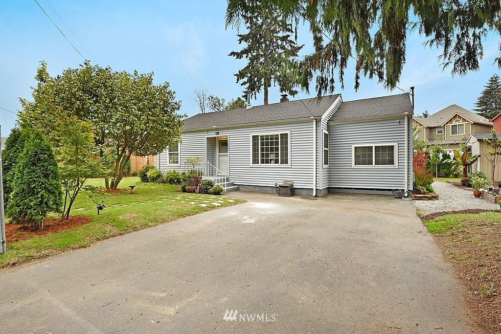 Photo of 12233 51st Place S, Tukwila, WA 98178 (MLS # 1674280)