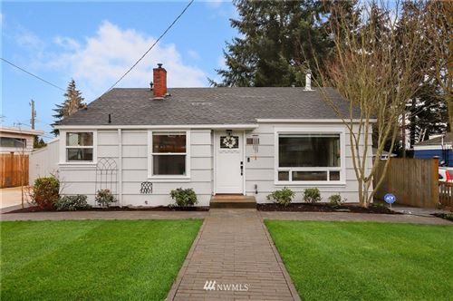 Photo of 11548 Corliss Avenue N, Seattle, WA 98133 (MLS # 1735281)