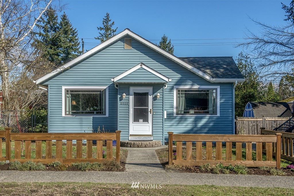 Photo of 8444 34th Avenue SW, Seattle, WA 98126 (MLS # 1740281)