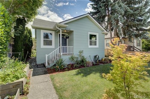 Photo of 4008 47th Ave SW, Seattle, WA 98116 (MLS # 1626284)