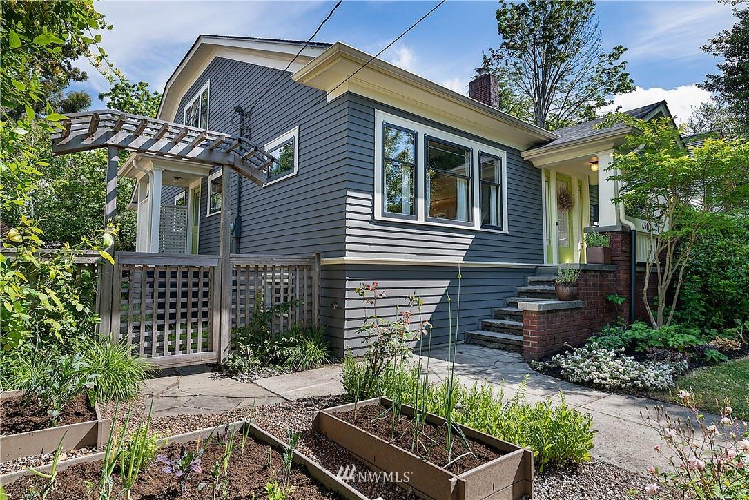 Photo of 650 NW 74th Street, Seattle, WA 98117 (MLS # 1790284)