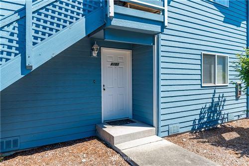 Photo of 651 NE Ellis Way #A101, Oak Harbor, WA 98277 (MLS # 1813286)