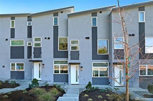 Photo of 1545 Boylston Ave E, Seattle, WA 98102 (MLS # 1557287)