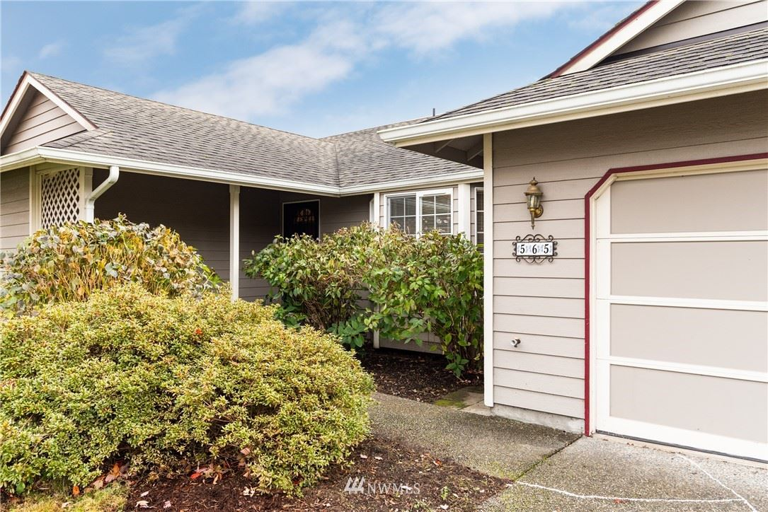 Photo of 565 Poplar Pl, Burlington, WA 98233 (MLS # 1691287)