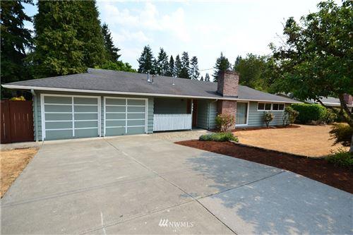 Photo of 246 165th Avenue SE, Bellevue, WA 98008 (MLS # 1818289)
